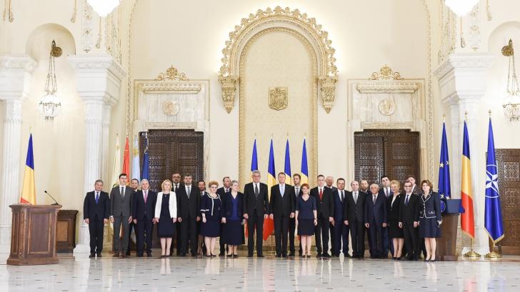 Iohannis, AVERTISMENT DUR pentru Cabinetul Tudose: Guvernaţi responsabil, terminaţi cu ţopăiala!