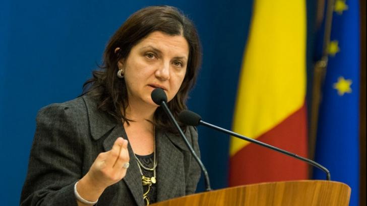 """Raluca Prună, fost ministru al Justiției: """"Grindeanu spune ce ştiam cu toţii, că împăratul e gol"""""""