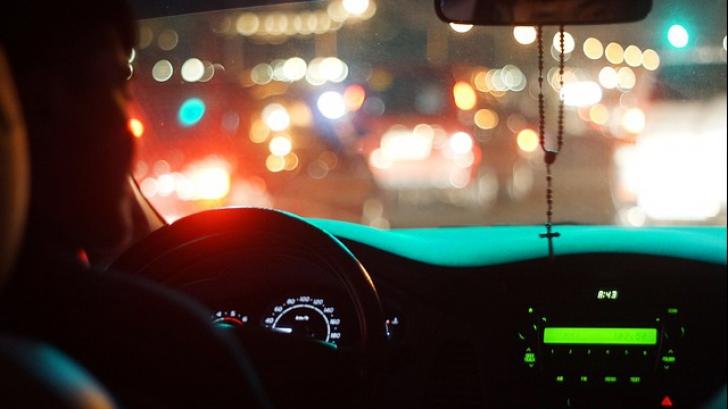 Șoferii refuză să mai circule pe această șosea. Ce se întâmplă în fiecare noapte la 3:00 e terifiant