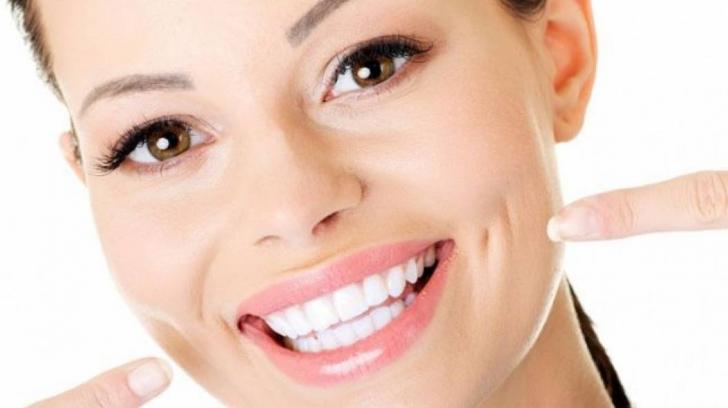 Imagini pentru dinti albi