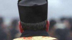 Managerul Arhiepiscopiei Tomisului, şef de grupare evazionistă. Conducea o reţea de bişnitari