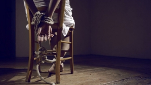 """Povestea terifiantă a celui mai SADIC criminal: îşi ducea victimele în """"camera cu jucării"""" şi..."""