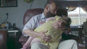 Copiii care ajung în casa lui mor. 80 de micuţi au murit până acum.Povestea şocantă a acestui bărbat