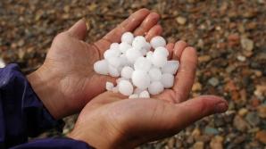 INFORMARE METEO: furtunile şi grindina pun stăpânire pe ţară! HARTA cu cele mai afectate zone