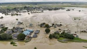 Ploile torenţiale au făcut prăpăd: cel puţin 2 morţi, 11 persoane dispărute, în sudul Japoniei