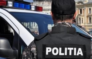 Răniţi de principalul suspect, în timpul investigaţiei: un poliţist, tăiat cu un pahar, altul-muşcat