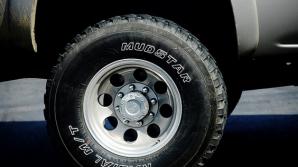 DESCOPERIRE ÎNFIORĂTOARE în remorca unui camion abandonat: 8 morţi, 28 de răniţi