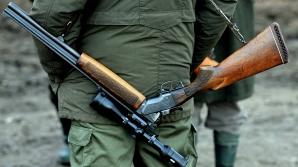 Un primar din Botoşani l-a împuşcat mortal la vânătoare pe un fost consilier judeţean