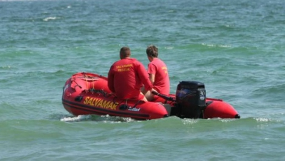 Alertă pe plaja Malibu din Mamaia. Persoană înecată, scoasă la mal