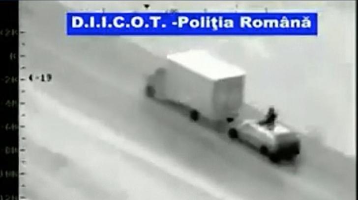 Români arestați în Olanda - furau din camioane cu marfă, după metoda Fast & Furious