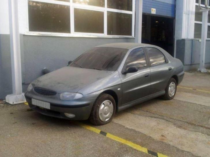 Într-un hambar al uzinei Dacia de la Mioveni zace modelul D33, ţinut ascuns. Arată aşa...