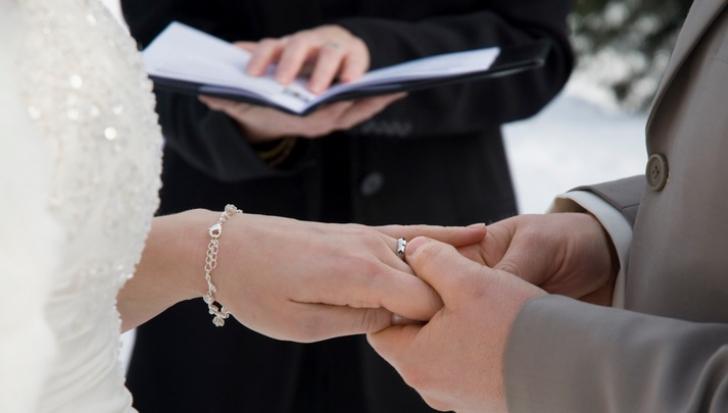 Cum să alegi corect DATA nunţii. Doar aşa îţi va merge bine în căsnicie