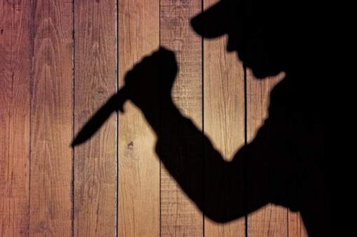 Atac cu cuțitul