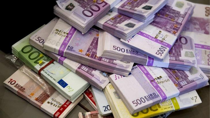 Noi bugetari de lux. Salariile lor vor ajunge şi la zece mii de euro pe lună