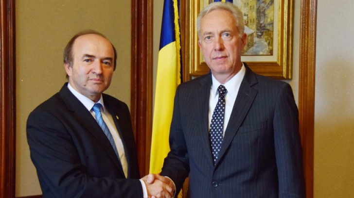Ministrul Justiției, Tudorel Toader, s-a întâlnit cu ambasadorul SUA la București