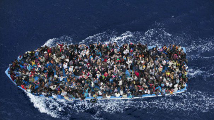 """Italia ameninţă UE, în privinţa crizei imigranţilor. Ia în calcul """"opţiunea nucleară"""""""