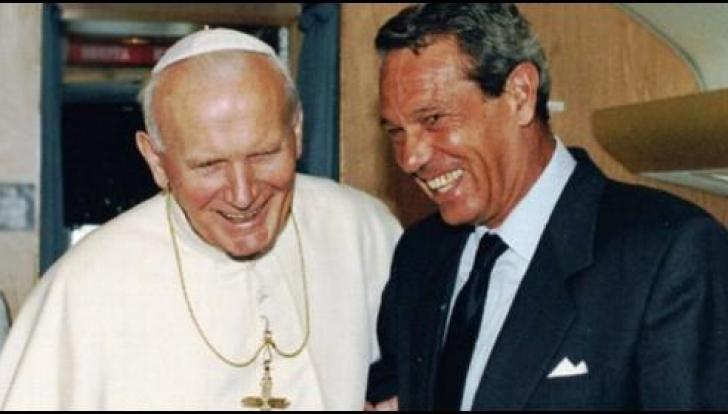Doliu la Vatican. A murit purtatorul de cuvânt al Papei Ioan Paul al II-lea