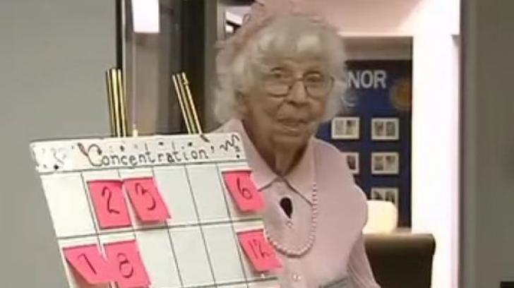 O bătrână a vrut să apară 5 secunde la televizor.Cuvintele pe care le-a spus au EMOȚIONAT toată țara