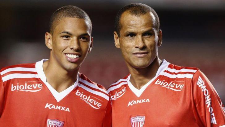 DINAMO - ATHLETIC BILBAO 1-1. Rivaldinho, gol senzaţional sub ochii tatălui