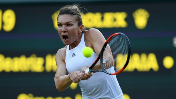 """Simona Halep s-a calificat în """"sferturi"""" la Wimbledon, după o victorie în 2 seturi cu Azarenka"""