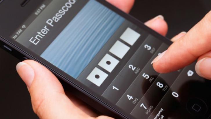 Cum să-ţi dai seama dacă îţi urmăreşte cineva telefonul mobil