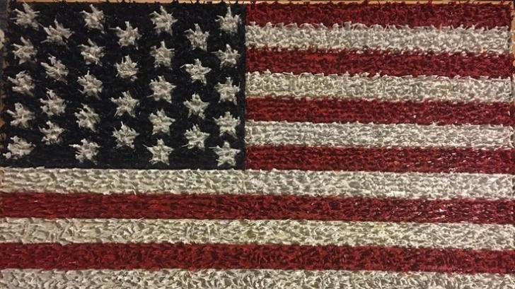 Drapelul american așa cum nu l-ai mai văzut. Creatorul lui a dat o explicație tulburătoare