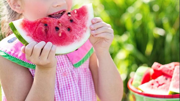 Ce să mâncăm în fața copiilor ca să le dăm un exemplu de alimentație sănătoasă
