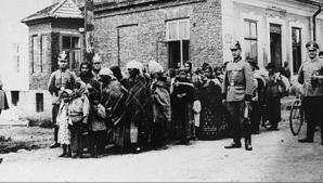 """Holocaustul ţiganilor: nomazii Europei în faţa """"soluţiei finale"""", la Auschwitz"""