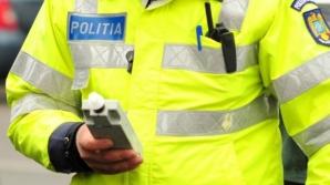 Şofer băut, oprit în trafic de un poliţist mai beat ca el