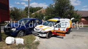 O ambulanță cu pacient a fost implicată într-un accident în Constanța