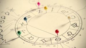 Horoscop 12 august. Pur şi simplu nu mai găseşti fericirea. Dar scoţi BANI şi din piatră seacă...