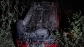 Şoferul s-a răsturnat cu maşina