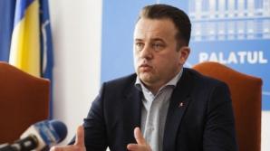 Ministrul Educaţiei, depre manualul de sport: Eu nu pot opri o licitaţie