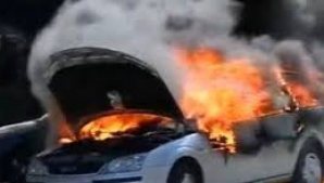 O maşină a luat foc pe Autostrada Soarelui.