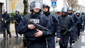 Panică la Bruxelles! Poliţia a deschis focul asupra unei maşini încărcate cu explozibil