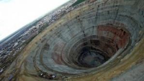 Ruşii au săpat adânc în pământ, 12 km. Şoc ce au găsit în gaură. Îi aştepta de 2,5 miliarde ani