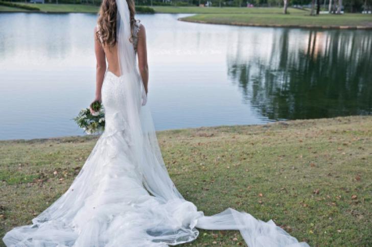 Mireasa a aflat în ziua nunţii că soţul o inşela. A vrut să se sinucidă