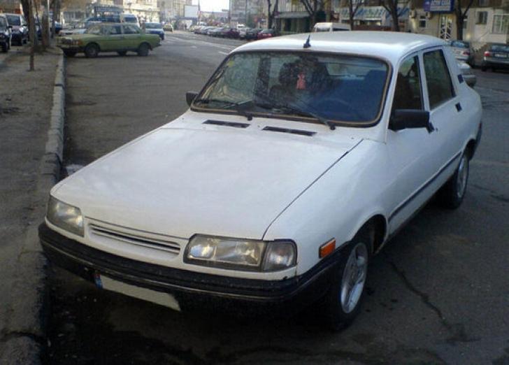 Dacia a fabricat modelul Extase, cu un aspect deosebit. Interes major din partea străinilor
