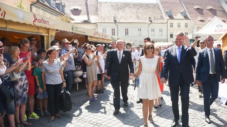 Carmen Iohannis, apariţie surprinzătoare la reuniunea saşilor, în Sibiu