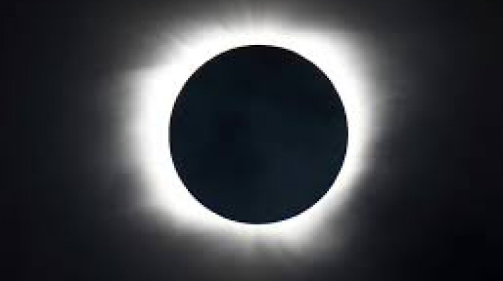 Eclipsă totală de Soare în Statele Unite la 21 august