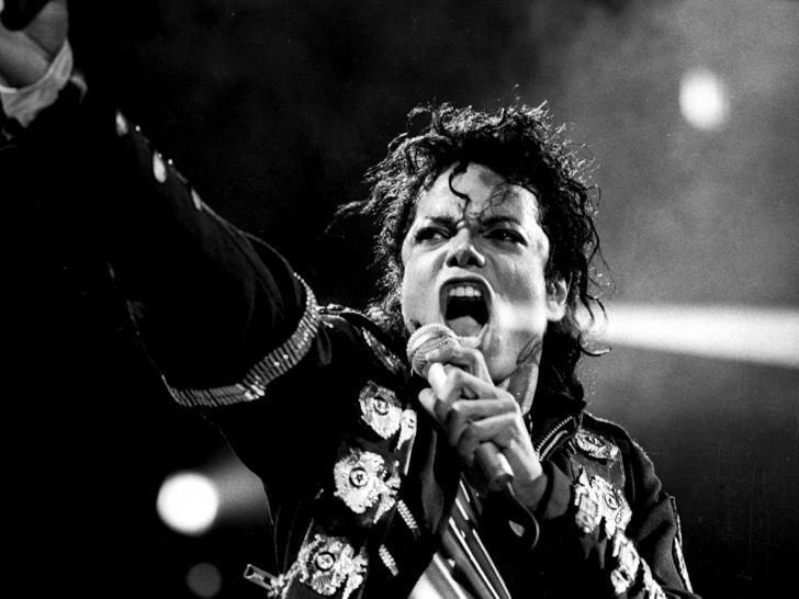 """Michael Jackson a murit acum 8 ani, dar acum a venit un anunț surpriză. """"Bad"""" - a capella AUDIO"""