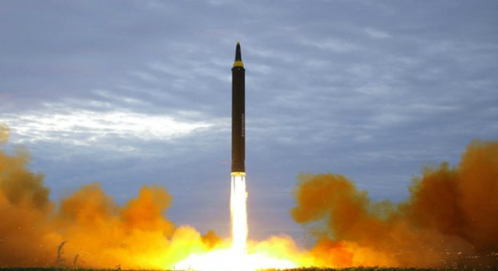 Imagini fabuloase cu Kim Jong-un, la lansarea rachetei care a speriat lumea