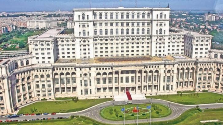 Câţi turişti au vizitat Palatul Parlamentului în prima jumătate de an, în 2017. Ce încasări sunt