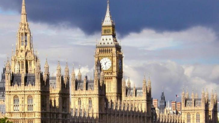 Parlamentul britanic devastat de şoareci