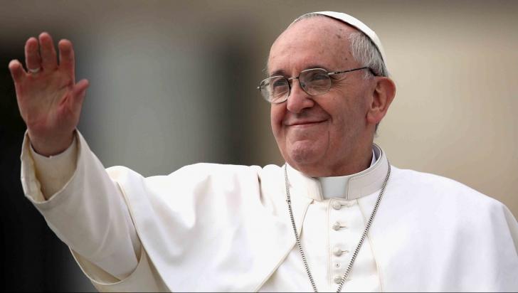 Papa Francisc, întâlnire emoţionantă, după ce au murit 71 de oameni