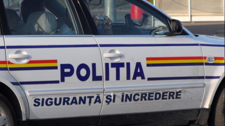 Doi refugiați, împușcați la granița României cu Serbia