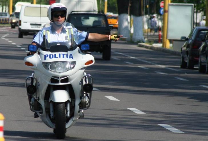 Motocicliști in trafic