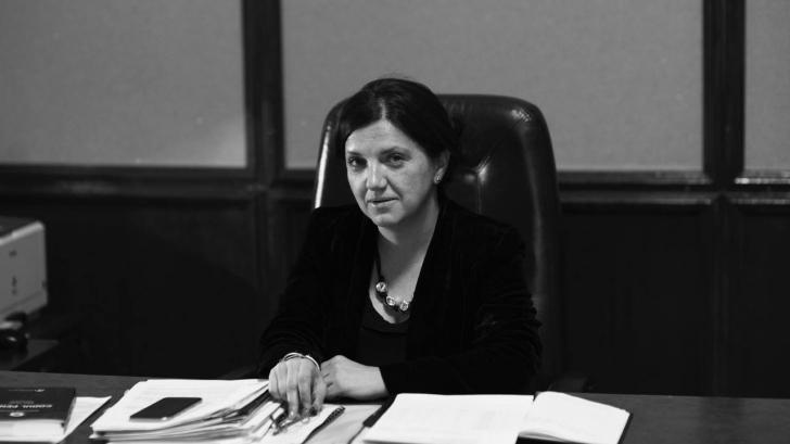"""Raluca Prună a vrut să atace PSD, dar a jignit milioane de români: """"Votant, un mediocru"""""""