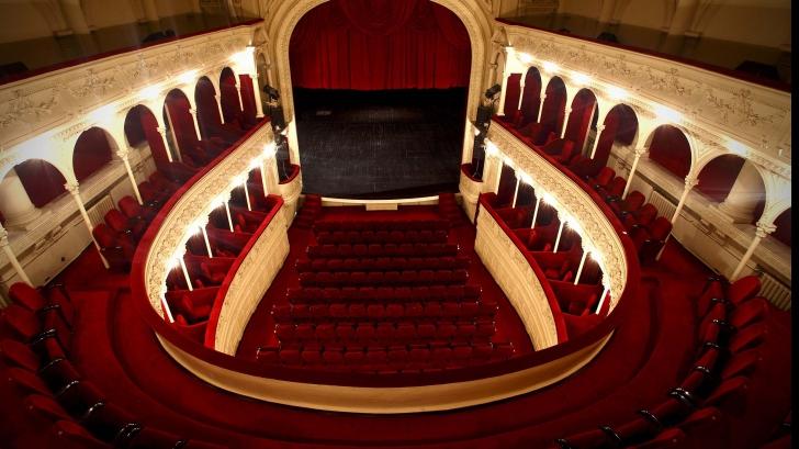 Schimbări la un mare teatru din București. De ce a fost demisă directoarea instituției