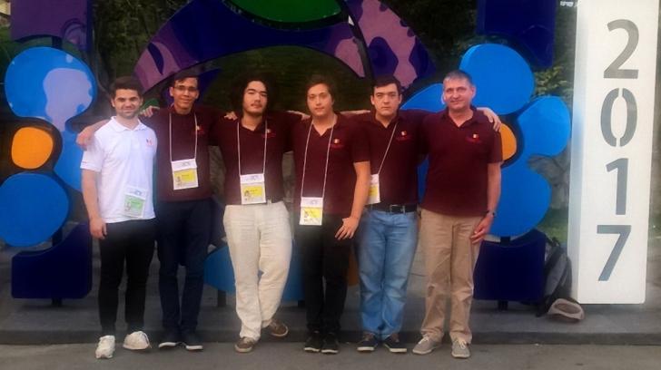 Două medalii de aur şi două medalii de bronz, palmaresul elevilor români la Olimpiada Internaţională de Informatică 2017.